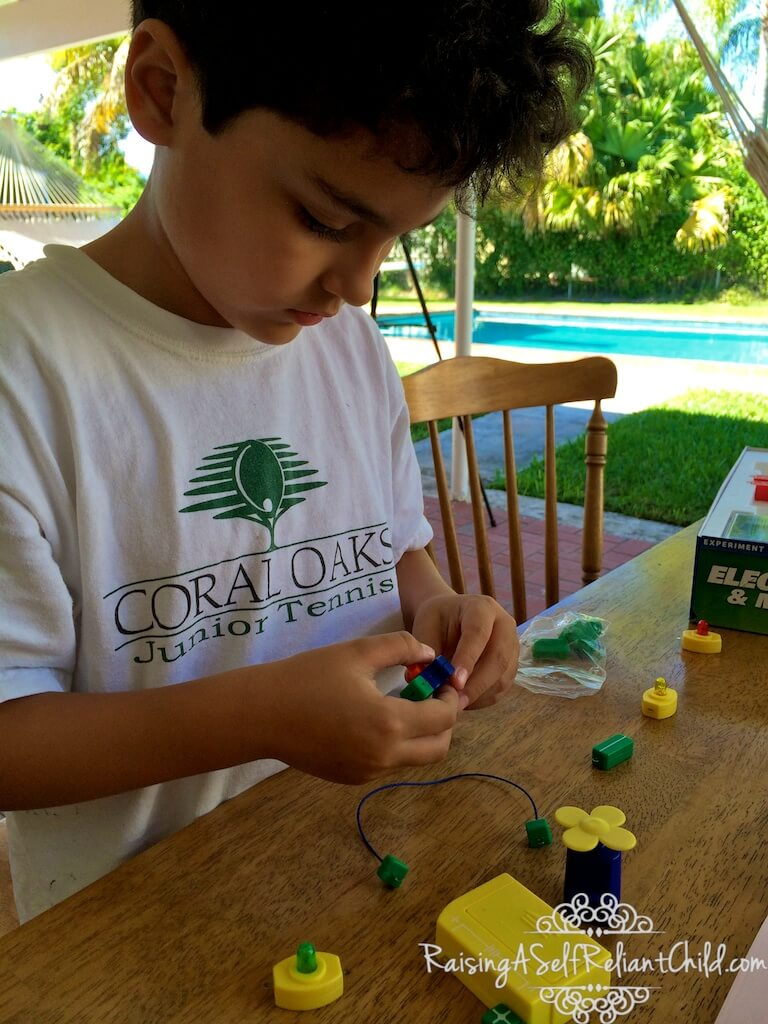 our_homeschool_in_pictures 007
